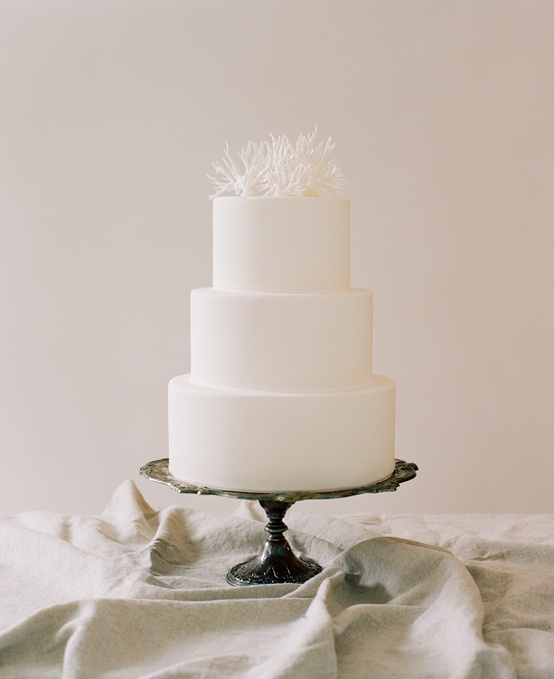 simple-wedding-cakes