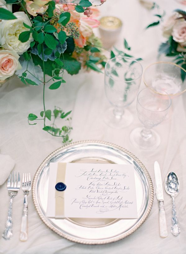 wax-seal-wedding-invitation-ideas
