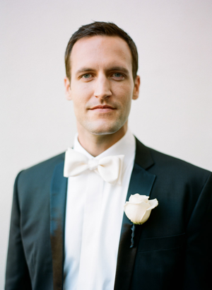 black-tie-groom-tux-wedding-ideas