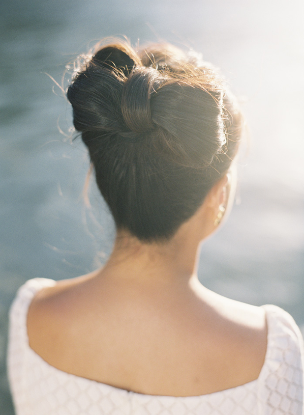 diy-bow-wedding-hairstyles