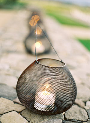 elegant-wedding-wire-lanterns