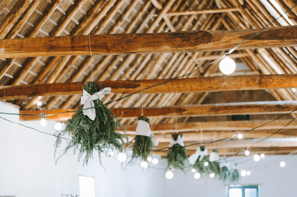rosemary-wedding-chandelier-decorations