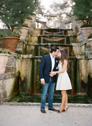 elegant-engagement-photo-ideas