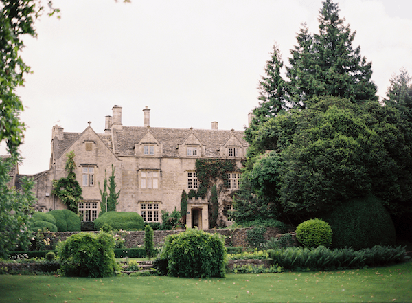 english-estate-outdoor-wedding