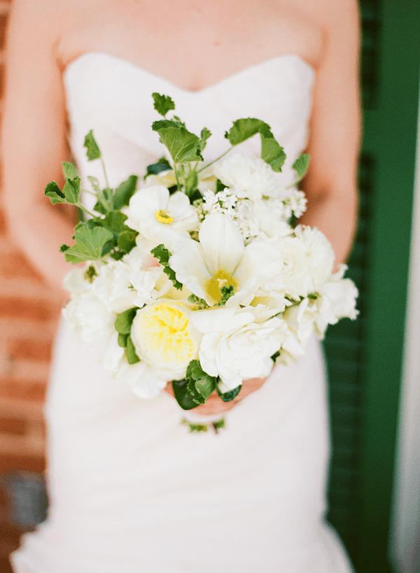 green-white-yellow-wedding-bouquet