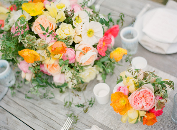 orange-and-pink-poppy-wedding-flowers