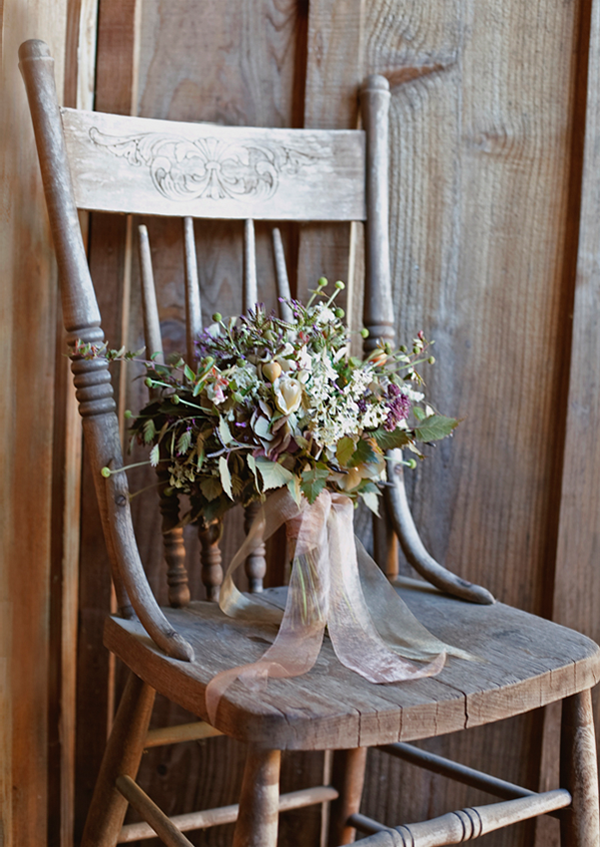 outdoor-wedding-vintage-wedding-bouquet-ideas