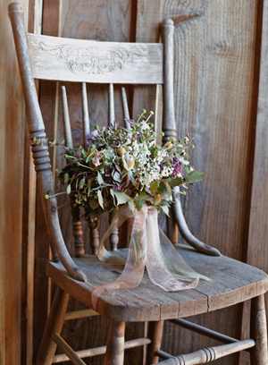 wildflower-outdoor-wedding-bouquet