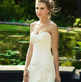 Beautiful Casablanca Preowned Wedding Dresses