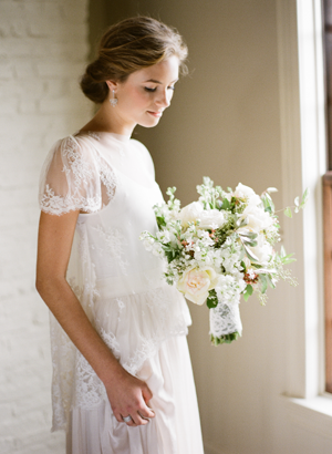 Lace Wedding Ideas For Springtime