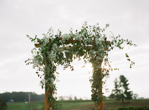 elegant-outdoor-wedding-chuppah