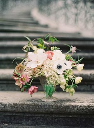 elegant-spring-wedding-centerpieces