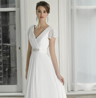 Stunning Henry Roth Preowned Wedding Dresses