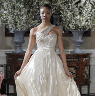 Beautiful Romona Keveza Preowned Wedding Dresses