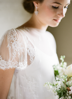lace-short-wedding-dress