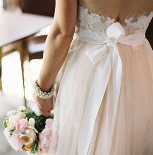 Amazing Watters Preowned Wedding Dresses