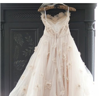 who buys used wedding dresses