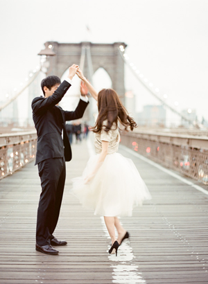 brooklyn-bridge-engagement-session-photos