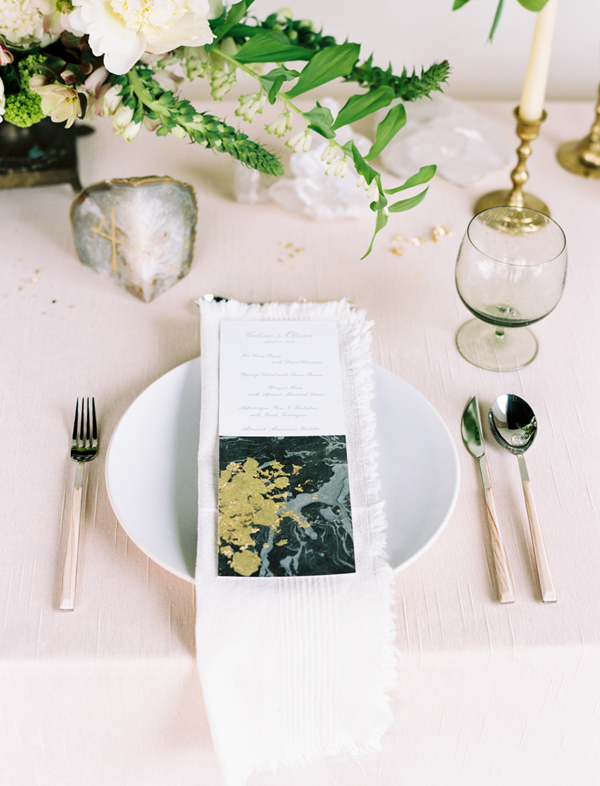 gold-leaf-wedding-invitations-ideas