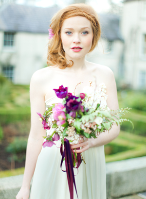 purple-outdoor-wedding-bouquet