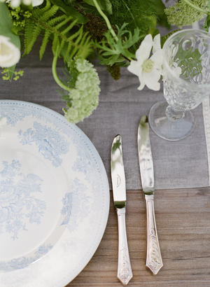 blue-toile-wedding-ideas