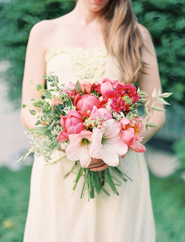 Diy Bridal Bouquet Tips : Hand tied garden bouquet tutorial once wed
