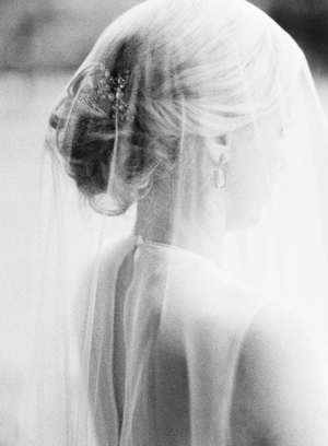 elegant-veil-simple-wedding-ideas