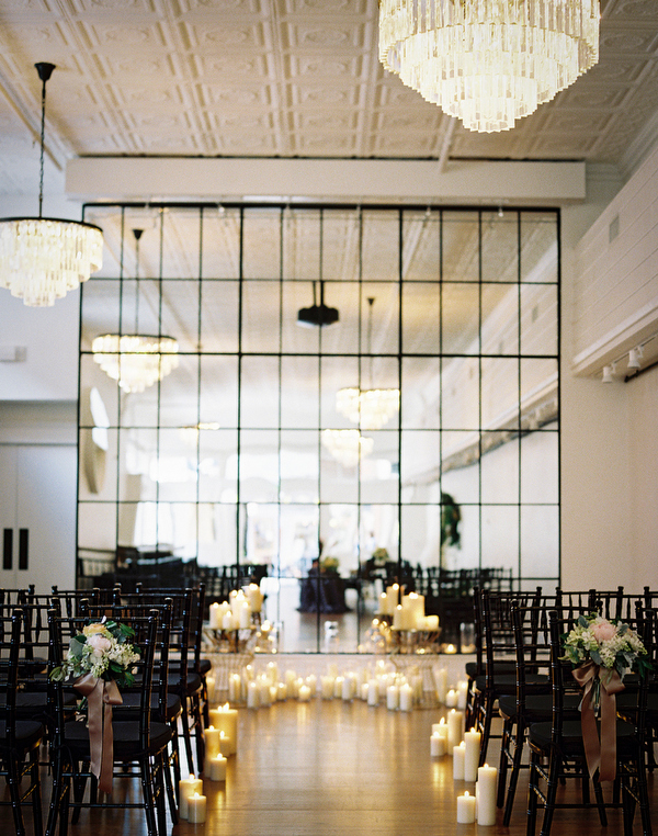 indoor-elegant-wedding-ceremony-ideas