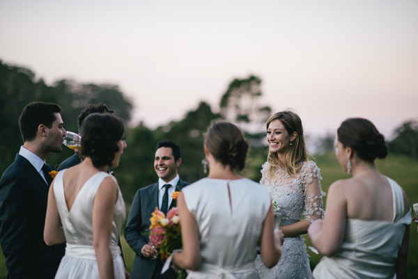 relaxed-bridal-party-wedding-photos