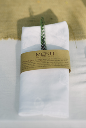simple-wedding-menu-napkin-wrappers