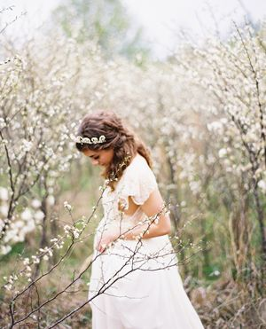 soft-spring-blossoms-white-wedding-bride-orchard-grove-lace-scallops-tiara