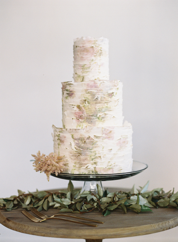 Elegant spring wedding ideas once wed spring wedding cake ideas junglespirit Gallery