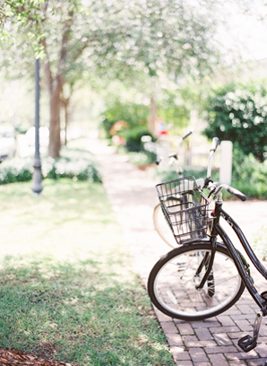 bicycle-wedding-palmetto-bluff