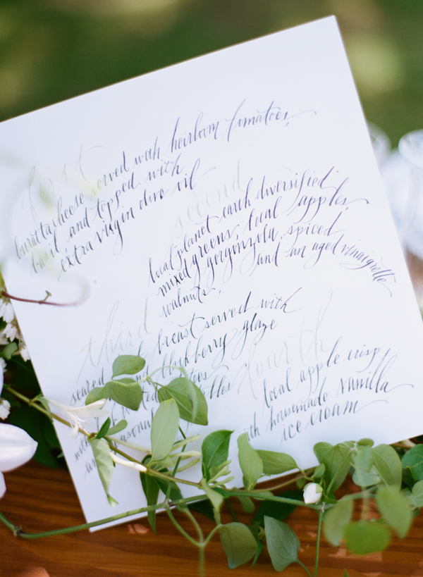 calligraphy-wedding-invitation-menu-ideas