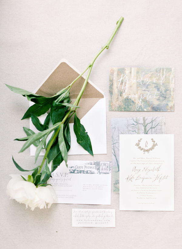 chic-and-elegant-wedding-invitations