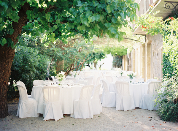english-all-white-outdoor-wedding-ideas