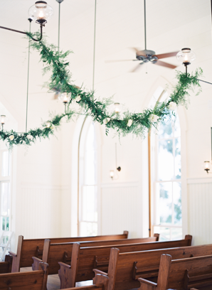 greenery-garland-church-wedding-ceremony-ideas