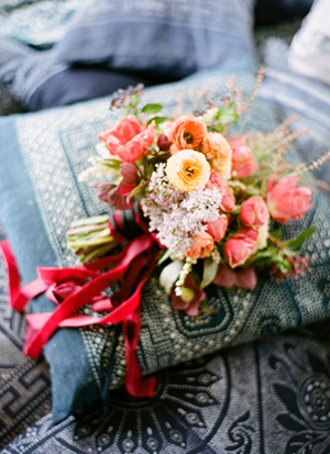 peach-and-yellow-wedding-bouquets