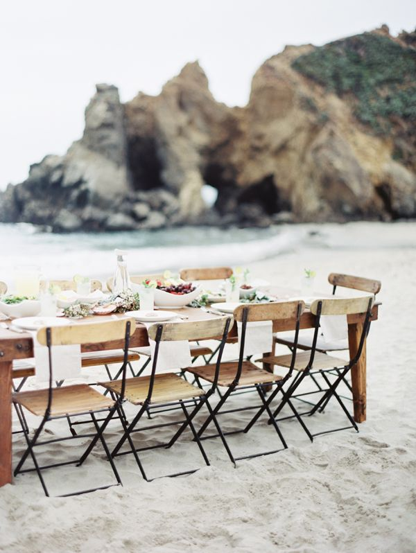 pfeiffer-beach-wedding-reception-lunch-long-wooden-table-chairs