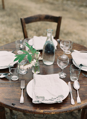 simple-village-outdoor-wedding-ideas