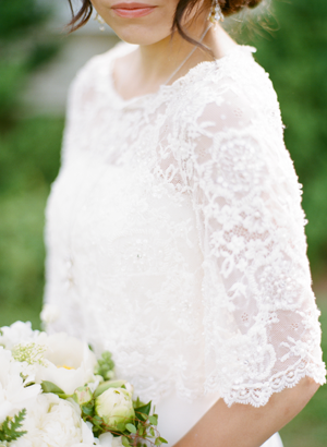 vintage-lace-sleeve-wedding-dress-ideas