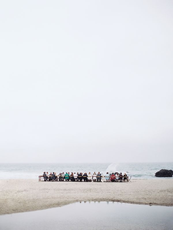 wedding-reception-sand-bar-pfeiffer-beach-state-park-fog-big-sur-dinner-party