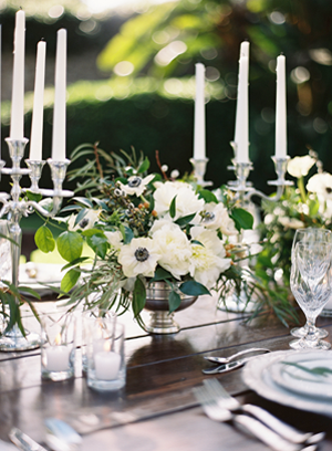 elegant-silver-wedding-centerpieces