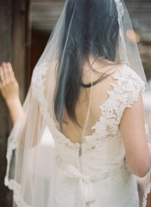 lace-cap-sleeve-wedding-dresses