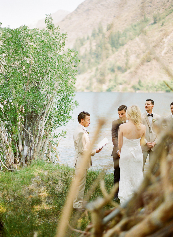 mammoth-simple-wedding-ceremony-ideas