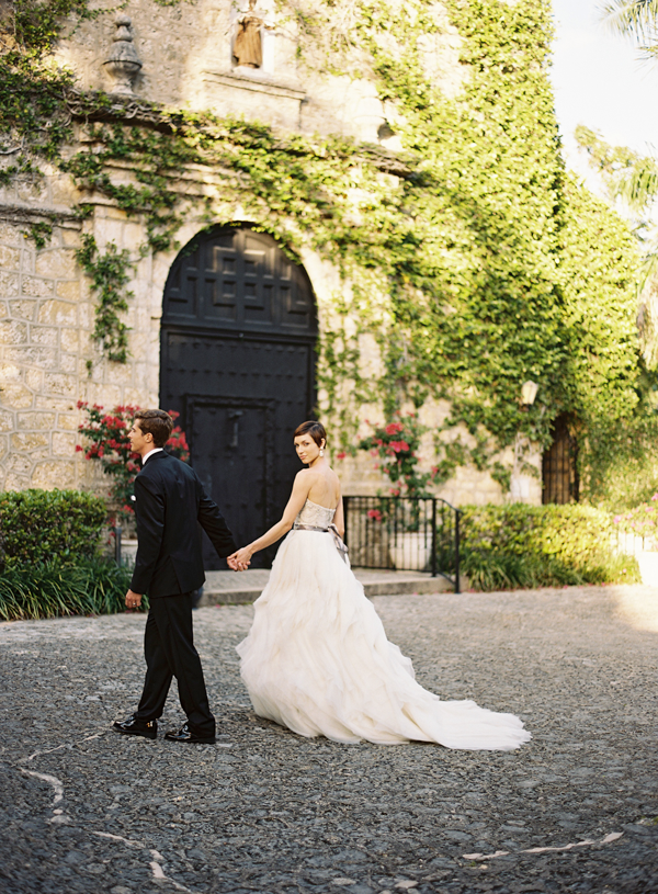Elegant Spanish Mission Inspired Wedding