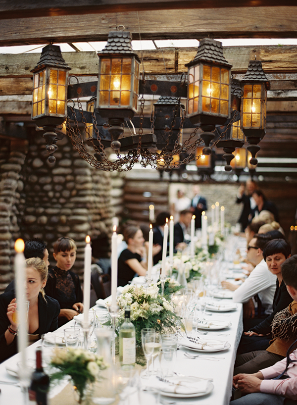 outdoor-rustic-long-wedding-reception-tables
