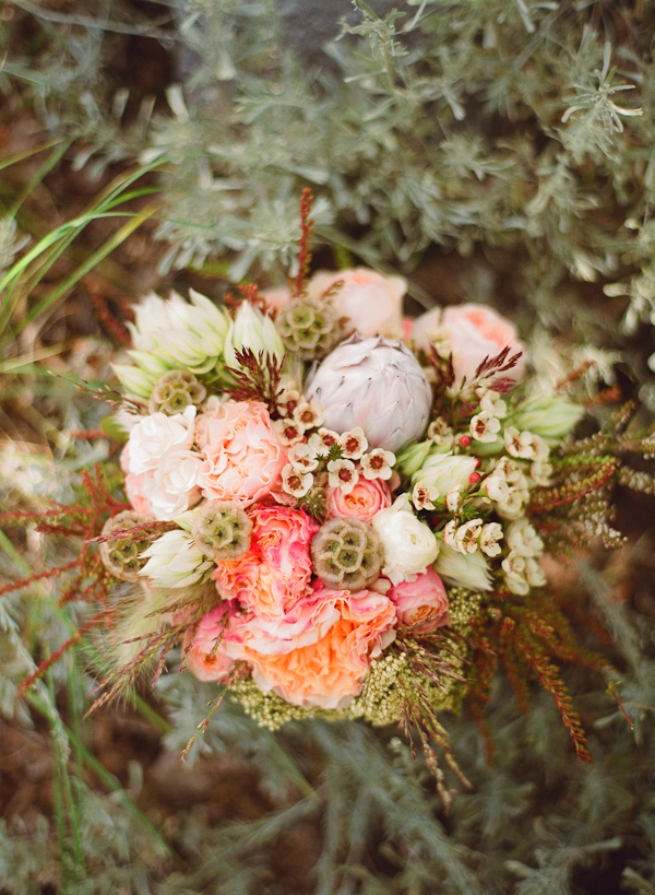 pink-and-green-rustic-wedding-bouquet