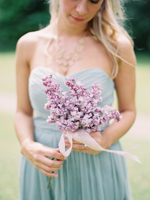 simple-lavender-wedding-bouquet