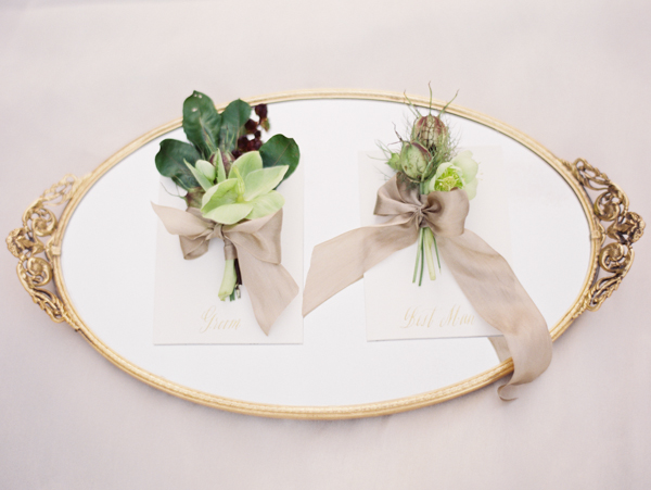 elegant-green-wedding-boutonniere-ideas